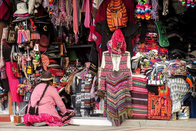 Market @ Puno
