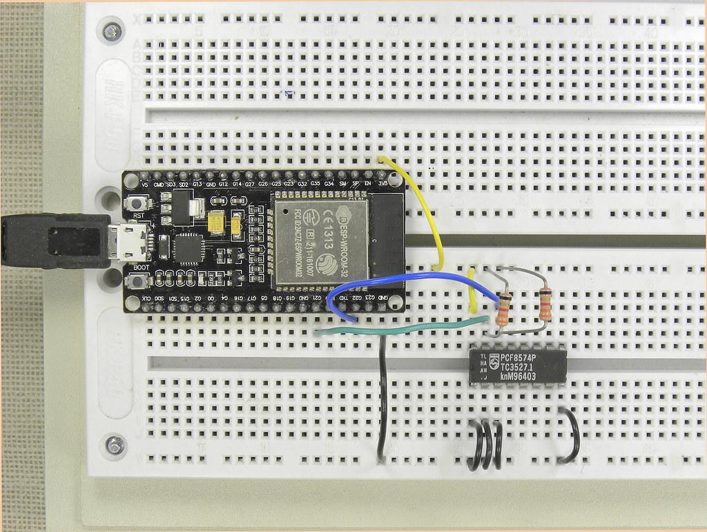 ESP32 - PCF8574 I2C tests | ESP32 - I2C Scanner using Arduin