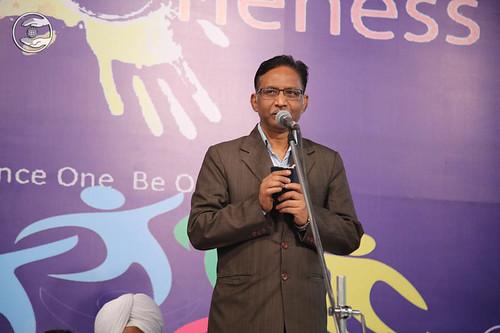 Peom by S.R. Prajapati, Asstt. Editor Ek Nazar from Delhi