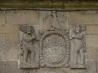 Dous homes salvaxes no pazo das Quintáns (Castrelo)