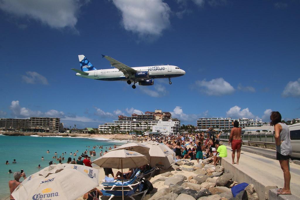 254/365/3541 (February 20, 2018) - Plane Watching at Maho Beach, Philipsburg, St. Maarten (SXM) - Tuesday February 20, 2018