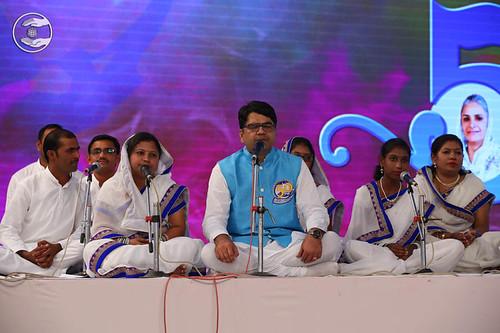 Devotional song by Tushar Mahamuni and Saathi from Kalamboli