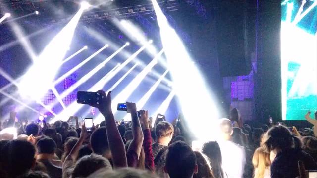 Blinding Concert Light Show