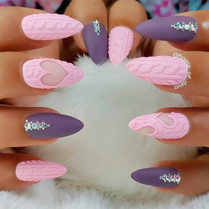Knitted Sweater Almond Nail Design | Trendy Almond Nail Designs You Should Try