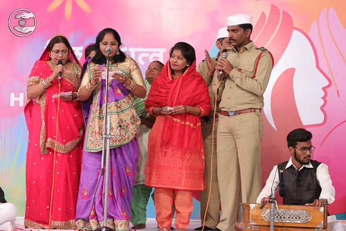 Devotional song by Parul and Saathi from Vasai