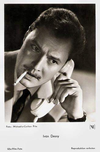 Ivan Desny in Rosen für Bettina (1956)