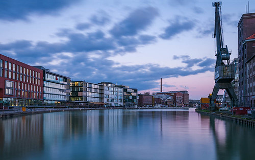 spiegelung deutschland bluehour sunset reflexion cloudscape water germany münsterland cityscape reflections gebäude bluesky clouds hafen longexposurephotography reflection urban refelction colourful longexposure colours sundown nrw architecture filter reflektion münster harbour nikon