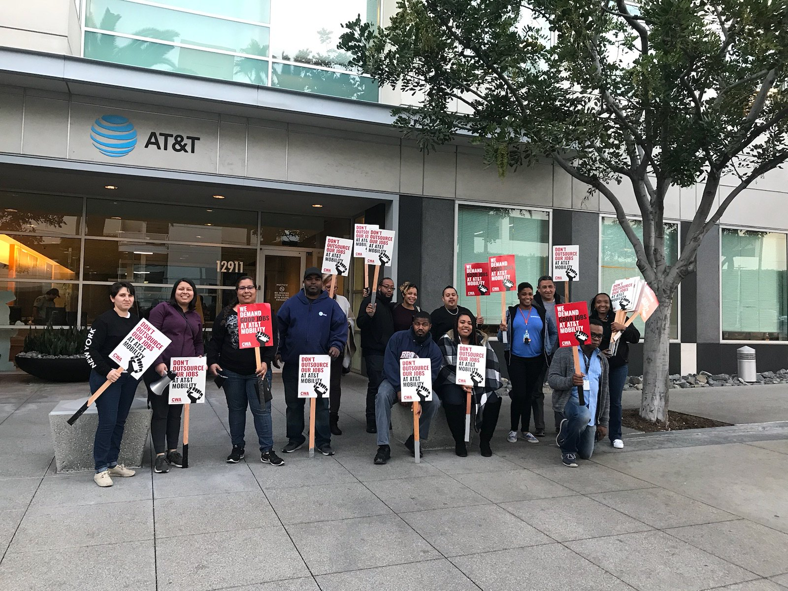 Local 9400 at Cerritos AT&T
