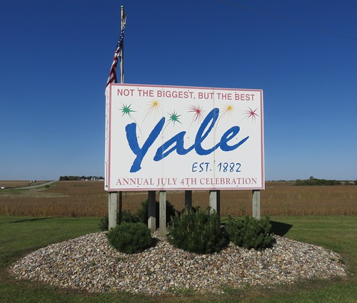 iowa ia citywelcomesigns guthriecounty yale northamerica unitedstates us