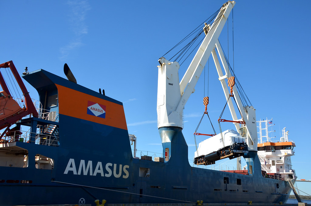 JAXPORT's heavy lift berth offers rail-to-ship service for ...