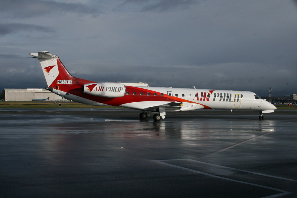N857HK Air Philip ERJ145