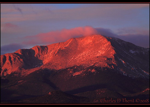 canon colorado coloradosprings explore northamerica usa sky mountain landscape pikes peak pikespeak f56 200mm 1320s iso500 eos 50d ef100300mm f56l canoneos50d ef100300mmf56l telephoto rocky mountains morning sunrise esplora explored