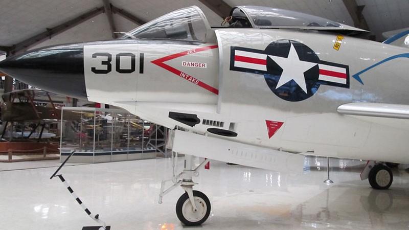 McDonnell F3H-2M Demon 9