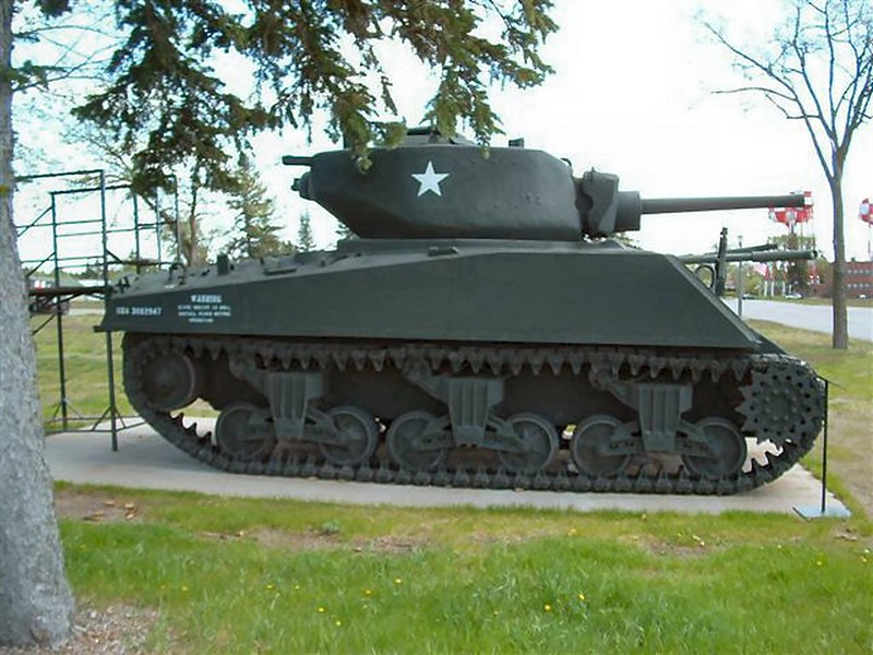 M4A3E2シャーマン1