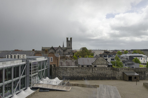old ireland building castle history stone architecture europe king cityscape tour fort sightseeing tourist medieval historic norman destination 1200 fortification circa johns limerick