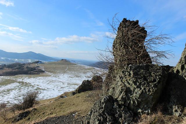 Blick von den Helfensteinen zum Kleinen Dörnberg