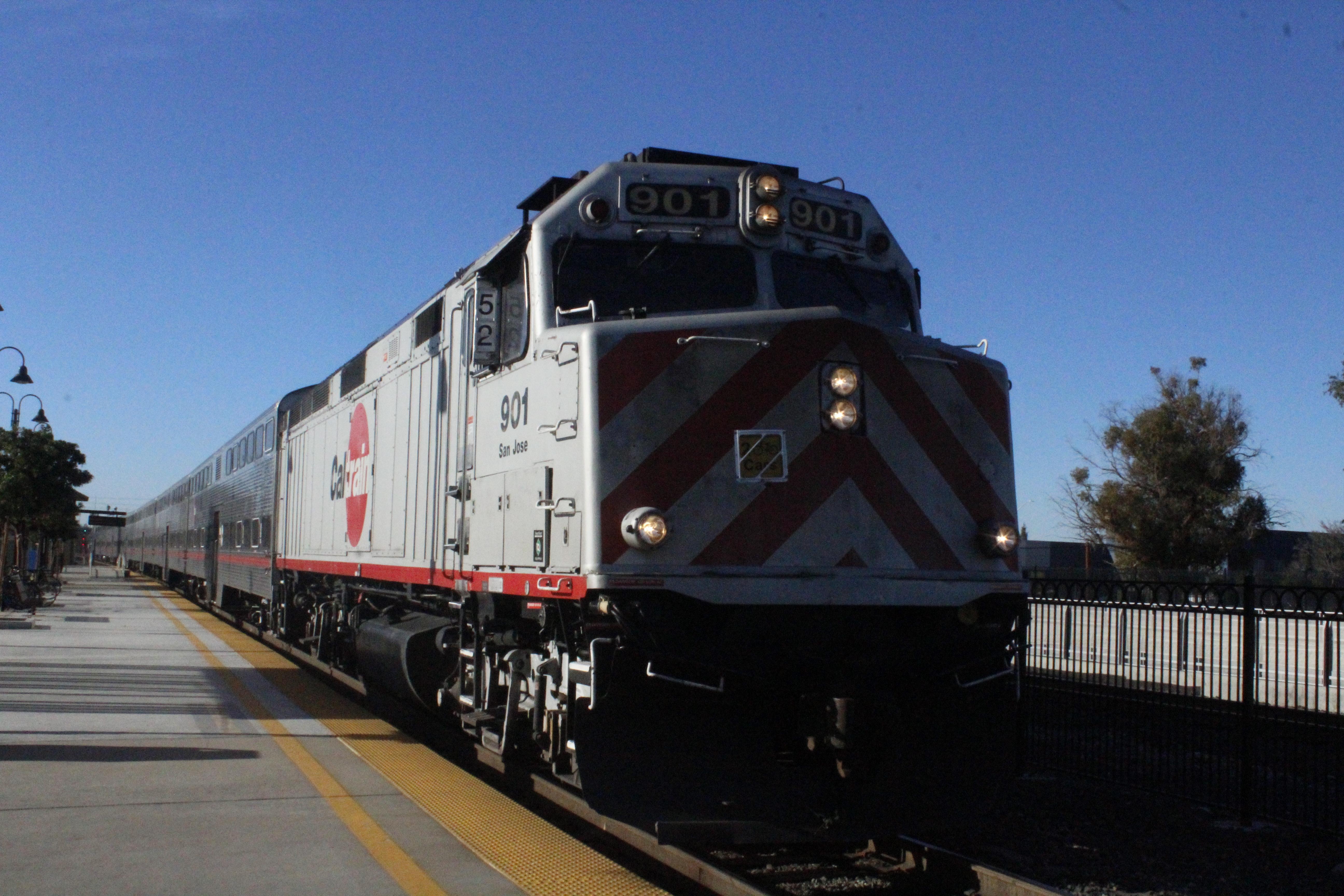 A Caltrain loco, unit 901, San Jose, leading a train to San Jose