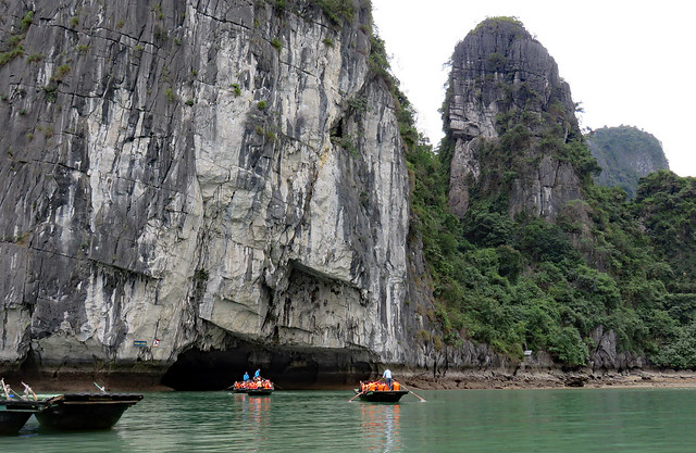 0129-60 Halong Bay Luon Cave