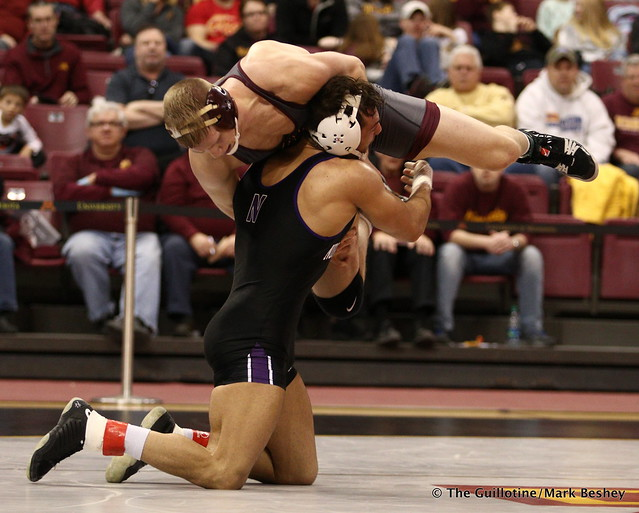 174: No. 18 Johnny Sebastian (Northwestern) dec. Chris Pfarr (Minnesota) 3-1. 180128AMK0071