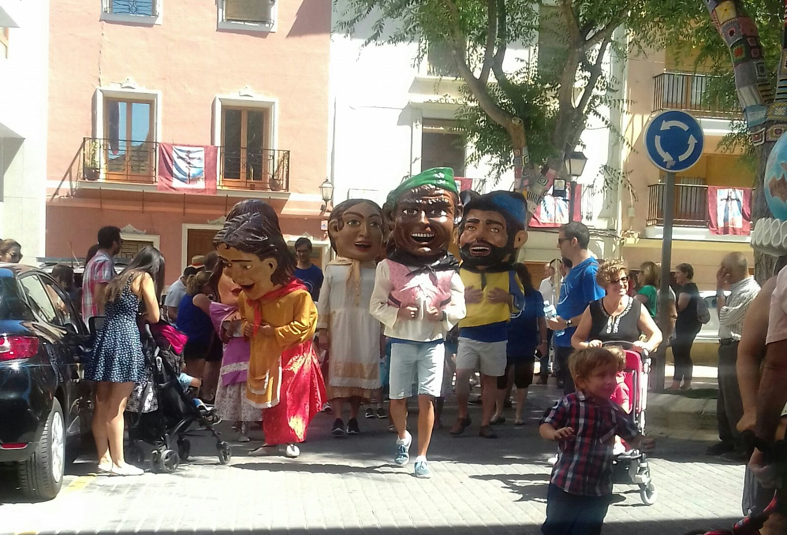 (2017-07-02) Pasacalle Gent de Nanos & Colla El Terròs -  Sergio Pérez (01)
