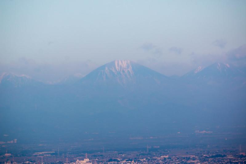 宝篋山から見た男体山