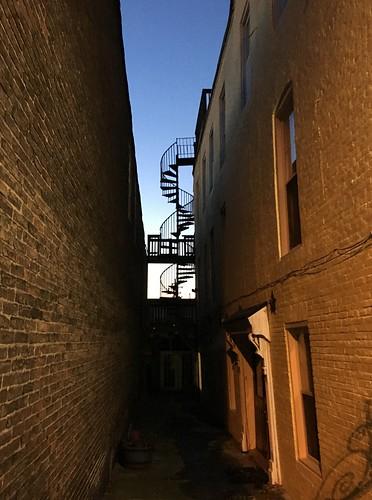 baltimore maryland upperfellspoint alleys fireescapes bricks walls windows silhouette hww topf25