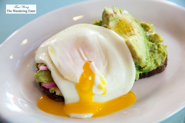 Avocado toast with sunny side up egg