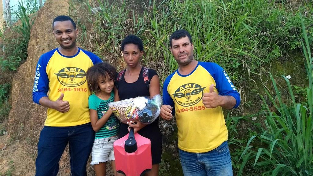 campanha de doação de alimentos dos motaxistas de itamaraju (4)