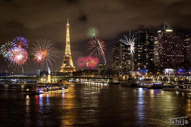 Paris by night. Happy 2018!