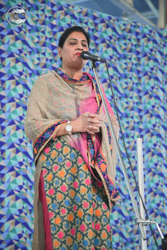 Devotional song by Ritu from Lajpat Nagar, Delhi