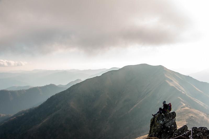 剣山から見た次郎笈