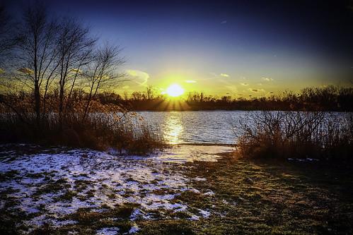 winter federicoscotto fedescotto fujifilmxm1 fedesk8 snow sunset buckscounty lake water neve