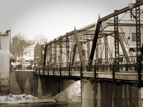 Bridge Street Bridge, Portland, Michigan | by joeldinda