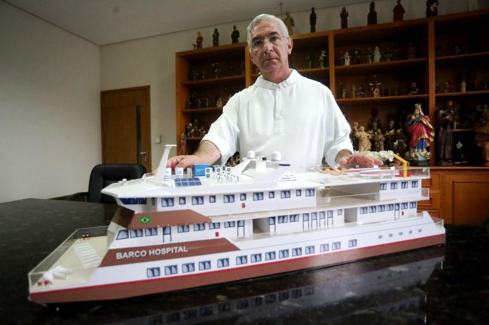 Prainha, Terra Santa, Monte Alegre, Óbidos, Belterra e Rurópolis em 6 notas curtas, barco hospital  Papa Francisco - protótipo