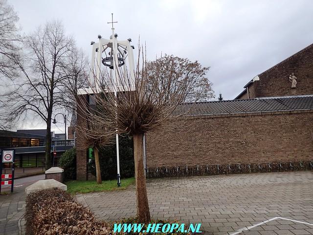 2017-12-27 Bennekomse-    Bossentocht         24 Km    (102)