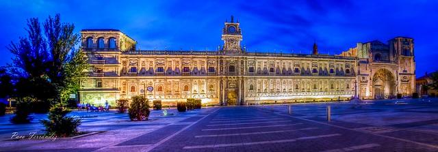 Antiguo Convento de San Marcos. Hoy Parador Nacional  de León
