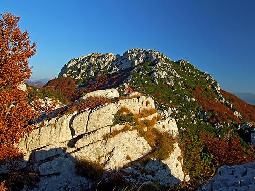 hrvatska croatia dinaricalps dinarides risnjak outdoors mountain hiking landscape autumn