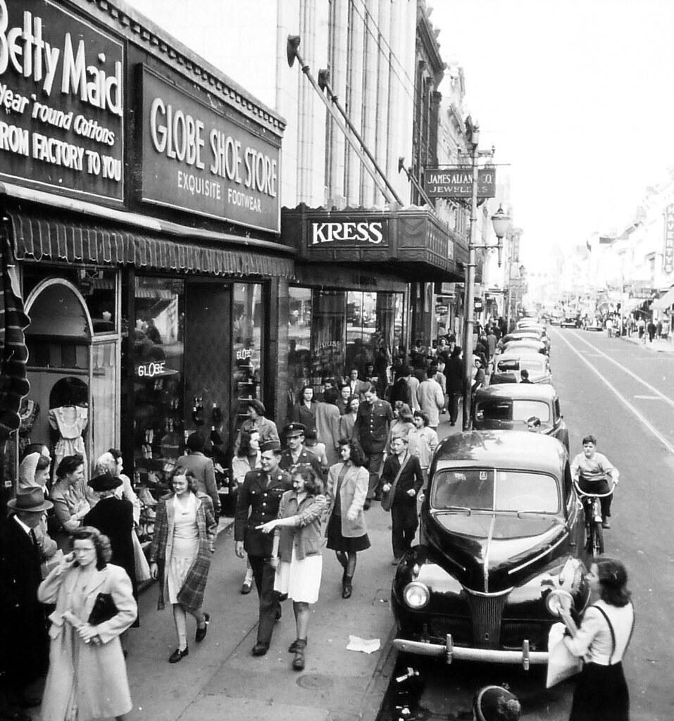 King St Charleston Sc: Charleston, SC King Street In 1945