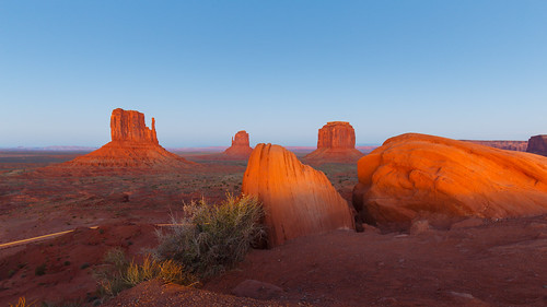 Sunset in Monument Valley | by LarsGerritS