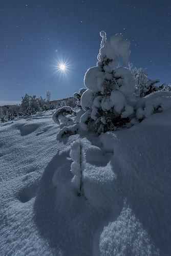 """Lunar landscape"" | by Ronny Årbekk - http://arcticphotography.no"