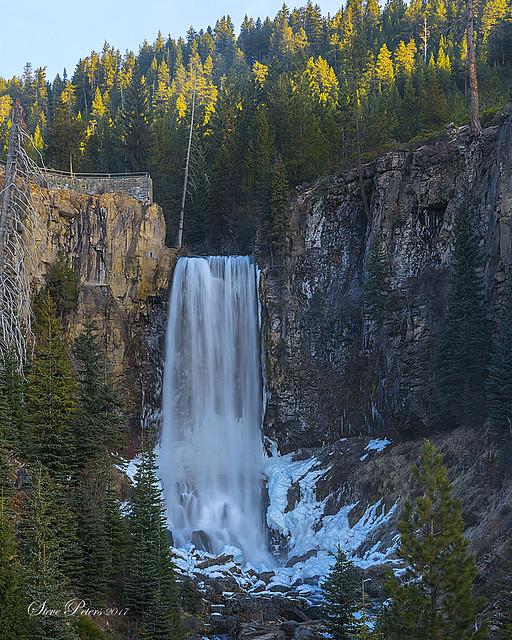 Tumalo Falls Icy