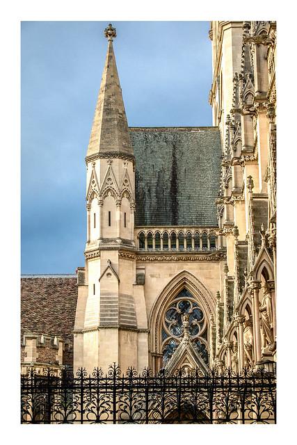 5/365: St John's College Chapel
