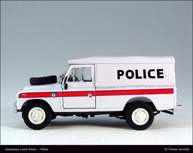 Cararama Land Rover - Police DSC06874