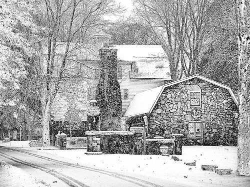 travel landscape architecture building house tree road snow solarization lateautumn december2017 nikcolorefexpro4 park 1001nights 1001nightsmagiccity