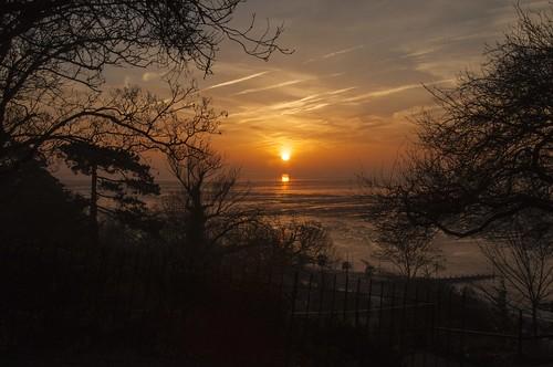 essex southend westcliff sunrise pier riverthames sundaylights greatphotographers
