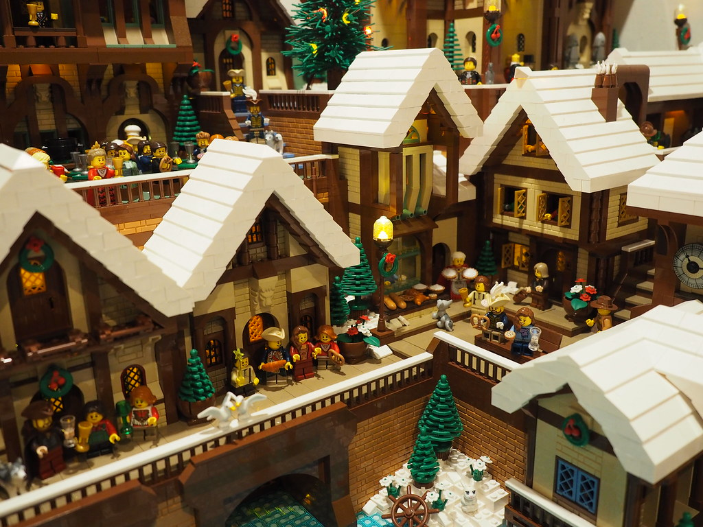 Christmas Village Houses.Lego Christmas Village Houses And Bakery Lego Christmas