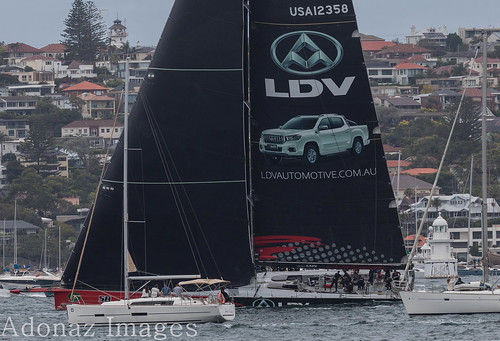 Rolex Sydney Hobart Yacht Race 2017- LDV Comanche(100 ft maxi yacht)