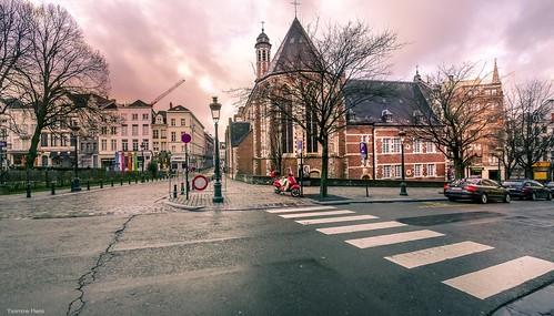 church brussels bruxelles bxl bel be belgium belgique bélgica architecture autumn landscape town city capitale capital cityscape hensyasmine yasminehens aaa road