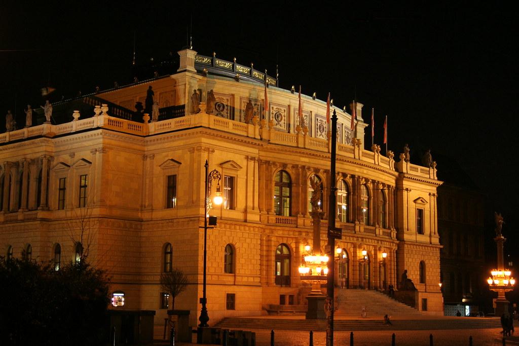 Opera Praga