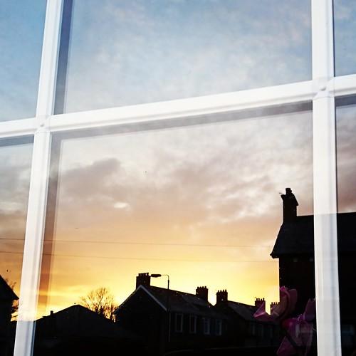 morning dawn sunrise window sky orange sun new day 365the2018edition day5365 05jan18 3652018